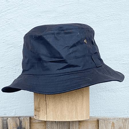 Oilskinds hat
